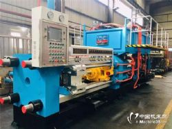 1800t金属挤压机设备,铝型材挤压生产线