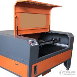 深圳高精度大幅面导光板亚克力有机板激光切割机
