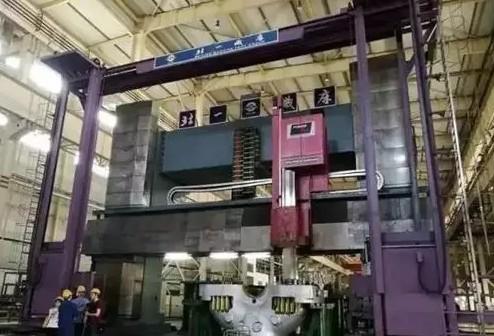 數控龍門鏜銑床誕生