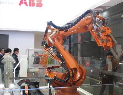 ABB正加速在中国的扩张 或称霸工业机器人市场