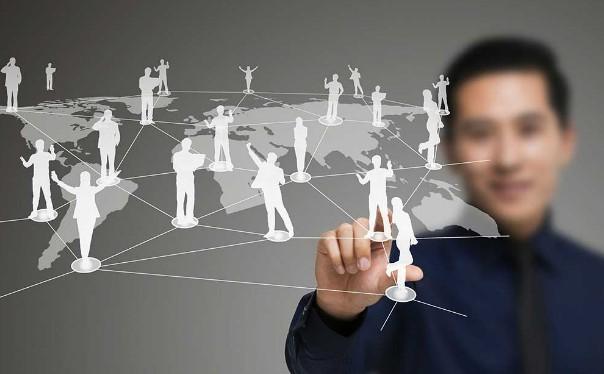 国内外智能制造领域专家带来最新技术和理念