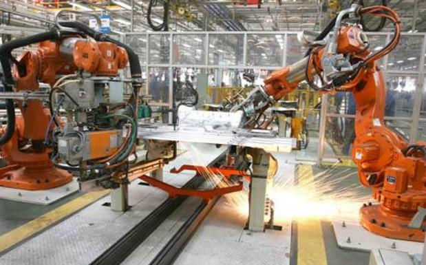 国产化替代提速 工业机器人产业步入高速发展期