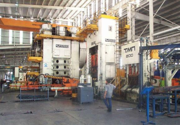 万吨大型模锻压力机成功研制填补国内技术空白
