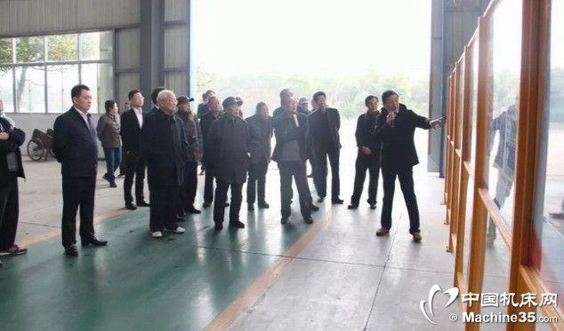 海安市四套班子老领导视察江海机床集团