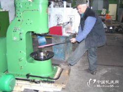 55KG空气锤空气锻锤气动锤空气锤分体式小型锻造空气锤