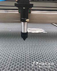 NDT80小型布料激光切割机