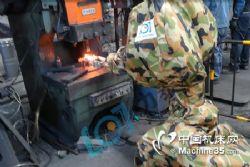 力泰自动化送料机械手 锻造自动化生产线系统