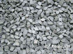 供应常熟研磨抛光设备厂 棕刚玉去毛刺石价格优惠