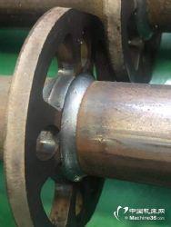 卷帘门转动轴焊接打磨专机技术方案