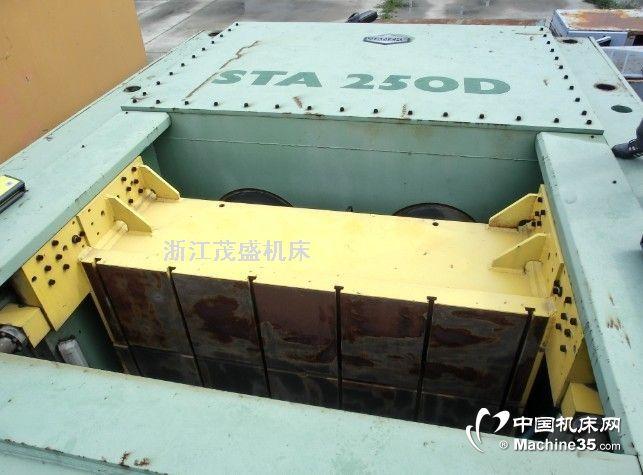250吨自动化精密高速压力机