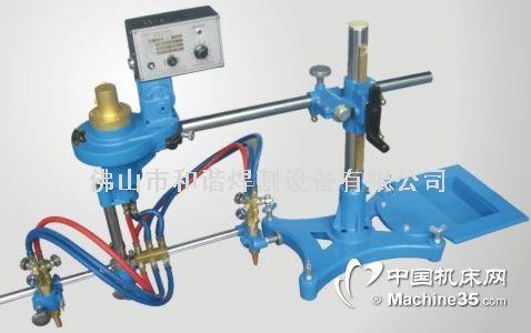 切割钢板上,电机通过变速箱带动可调节长度的半径杆再带动割炬作旋转